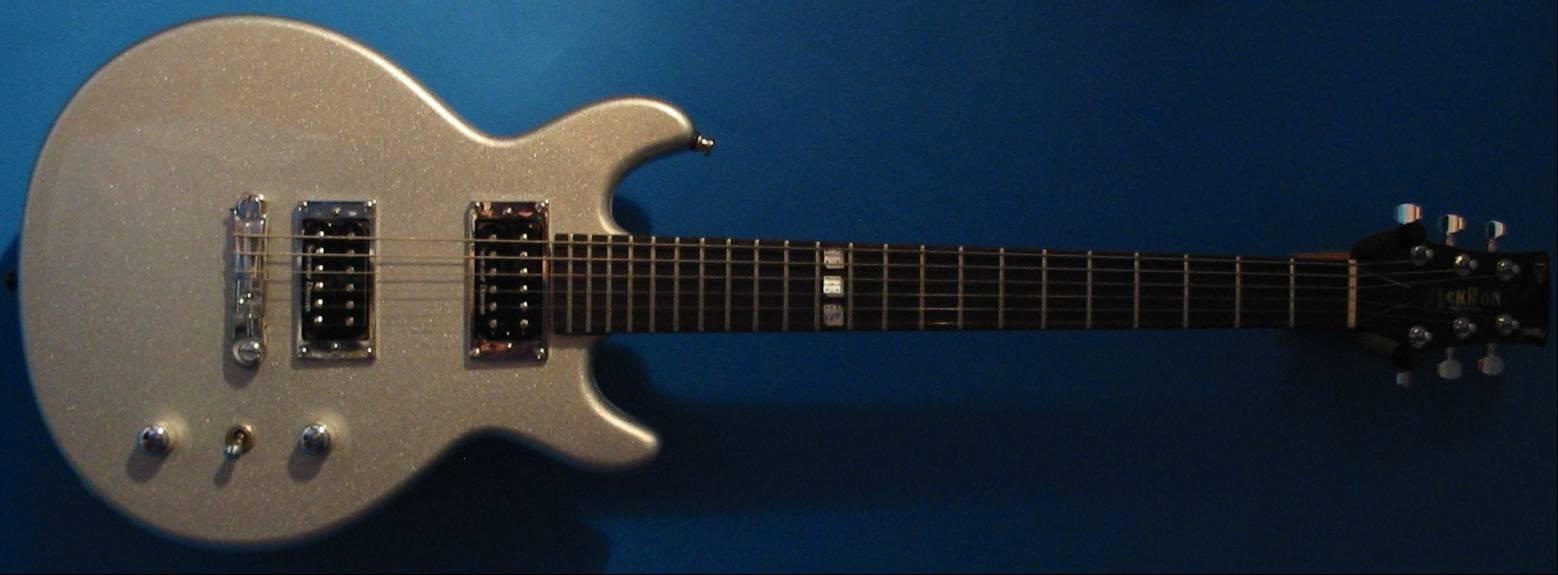 http://www.jackson-guitars.co.uk/JJ1.jpg